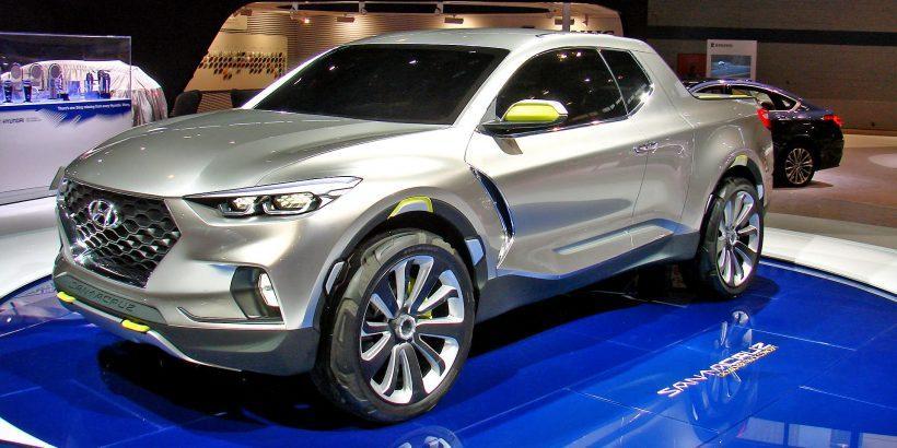 18. Hyundai Santa Cruz: Защо Hyundai да не направи пикап, щом Mercedes си го позволи. Santa Cruz ще е супер як, ако запази дори само половината детайли от прототипа.