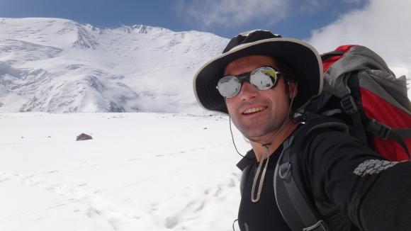 Атанас Скатов достигна 6500 метра на връх Манаслу