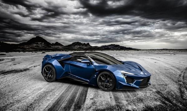 W Motors сътвориха лъскав убиец на Veyron