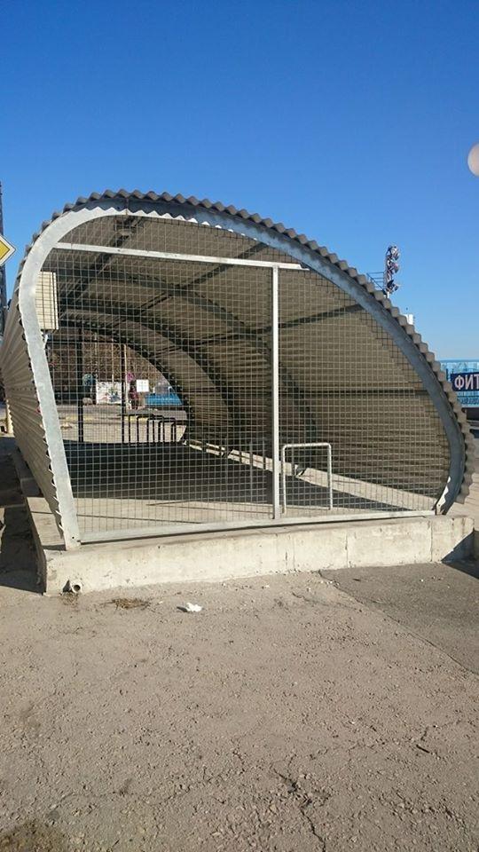 Варна със закрити велопаркинги