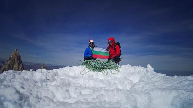 Български алпинисти изкачиха Серо Торе в Патагония