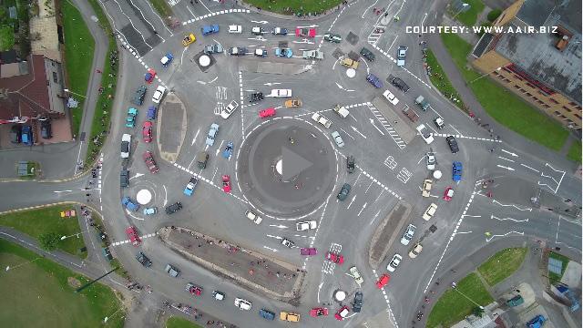 Най-побъркващото кръгово в света? Този английски \