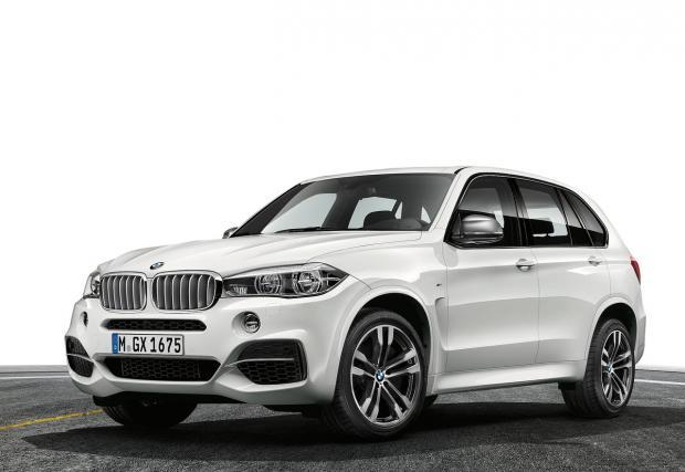 BMW X5 M50d. Тук имаме тритурбо редови шестак с 381 к.с. и 740 Нм, позволяващи на бестселъра да достига сто от място за 5,3 сек, като спира да ускорява при 250 км/ч, защото е ограничен.