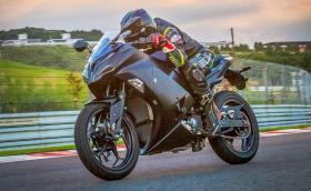 Kawasaki Endeavor e електрически байк с механични скорости!