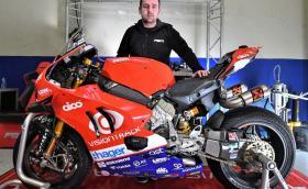 Майкъл Дънлоп ще кара мощното 234 коня Ducati Panigale V4 R в TT на о-в Ман
