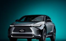 Toyota показа първия си електромобил: bZ4X