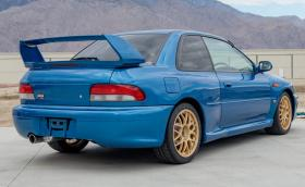Продадоха това 1998 Subaru Impreza 22B STi за 513 хил. лв!