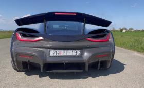 Хърватският Rimac C_Two засрами Porsche Taycan Turbo S (Видео)