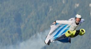 Това летящо електрическо BMW вдига над 300 км/ч