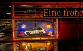 Коледа обедини BMW и Mercedes