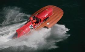 Продават изумителен хидроплан Ferrari за 10 млн. евро