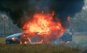 Руснак изгори своя AMG GT 63 S. Не бил доволен от колата… (Видео)