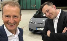 Илон Мъск тества ID.3 в компанията на шефа на VW. Какво се случва!?