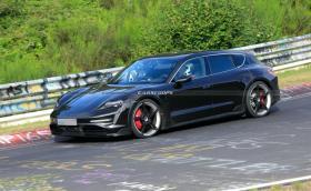Porsche не смогва с поръчките за Taycan и ще забави комбито Cross Turismo