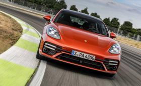 Porsche извади обновената Panamera. Вече има Turbo S с 630 к.с.