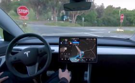 Изненада: Автономната функция на Tesla скоро идва в Европа