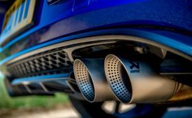 Ще се напълни ли България с трошки с десен волан след забраната за бензинови и дизелови модели във Великобритания?