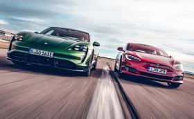 """Топ 20: Най-бързо ускоряващите """"масови"""" електромобили"""
