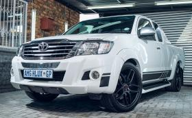 Идеалният работен кон: Toyota Hilux… 6.3 AMG с 550 коня на колелата