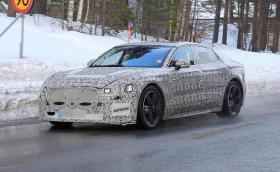 Отлагат лансирането на новия Jaguar XJ с поне една година