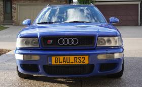 Детайлното измиване на това Audi RS2 Avant е най-готиното видео, което ще видите днес
