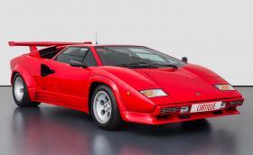 Мечта: 1988 Lamborghini Countach LP5000S QV на едва 19 хил. км. Искат му 481 хил. евро