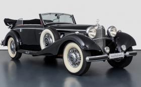 Продават този прекрасен 1937 Mercedes-Benz 540K Convertible B. Искат му 819 хил. евро