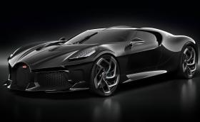 Това е Bugatti La Voiture Noire. Има 6 ауспуха и струва 26 млн. лева