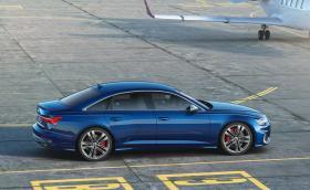 Кой каза дизел? Audi S6 и S7 минават на нафта!