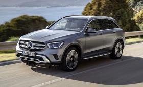 Mercedes показа обновения GLC - изглежда същия, но идва с нови мотори и окачване