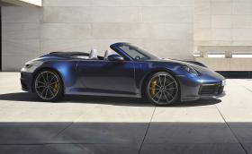 Porsche свали покрива на 992. 911 Cabriolet вдига 306 км/ч