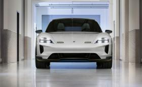 Porsche Taycan Cross Turismo идва през 2020