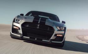 700 коня правят чисто новия Shelby GT 500 най-мощния Ford, правен някога
