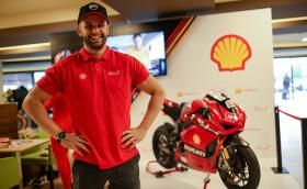 Shell България и състезателят Ангел Караньотов откриха Moto Expo 2019