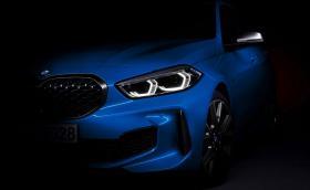 BMW вдига покривалото от Серия 1 с предно предаване