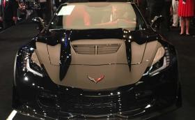 Продадоха последния Corvette C7 за скромната сума от 2,7 милиона долара
