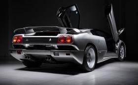 Това 1996 Lamborghini Diablo SE30 е на 403 км и се продава за 495 хил. евро