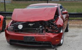 Тийнейджъри си играли на блъскащи се колички с Corvette Z06, Mustang и още 20 коли. Щетите са за 800 хил. долара