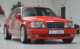 Пак продават този Mercedes-Benz E 60 AMG. Сега му искат 300 хил. лв.