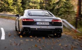 Audi R8 V10 със задно предаване вече е достъпно за масово поразяване