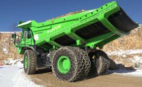 110-тонен минен камион е най-икономичното возило в света. Ето как!