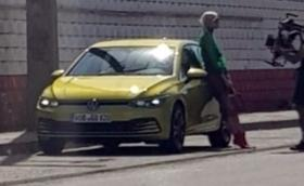 Golf VIII изтече без камуфлажи, сниман по време на официалната фото сесия