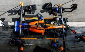 McLaren се връща към двигателите Mercedes във Формула 1