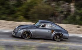 Porsche 356 RSR Emory Motorsport има 400 к.с. и тежи 900 кг