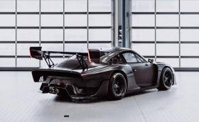 Porsche започва доставките на 935 Clubsport, вижте го гол и карбонов