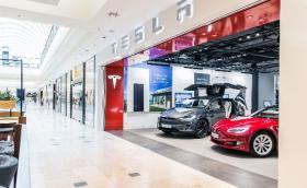 Tesla отваря магазин и сервизен център в България в началото на 2020?