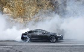 Топ 14 на най-бързите електрически коли: 0-100 км/ч