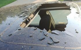 Ето защо не трябва да оставяме флакони под налягане в колата