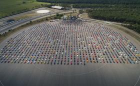 Подобриха рекорда за най-голяма сбирка на Ford Mustang – 1326 коли на едно място!
