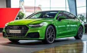 Новото Audi A7 изглежда феноменално в цвят Java Green